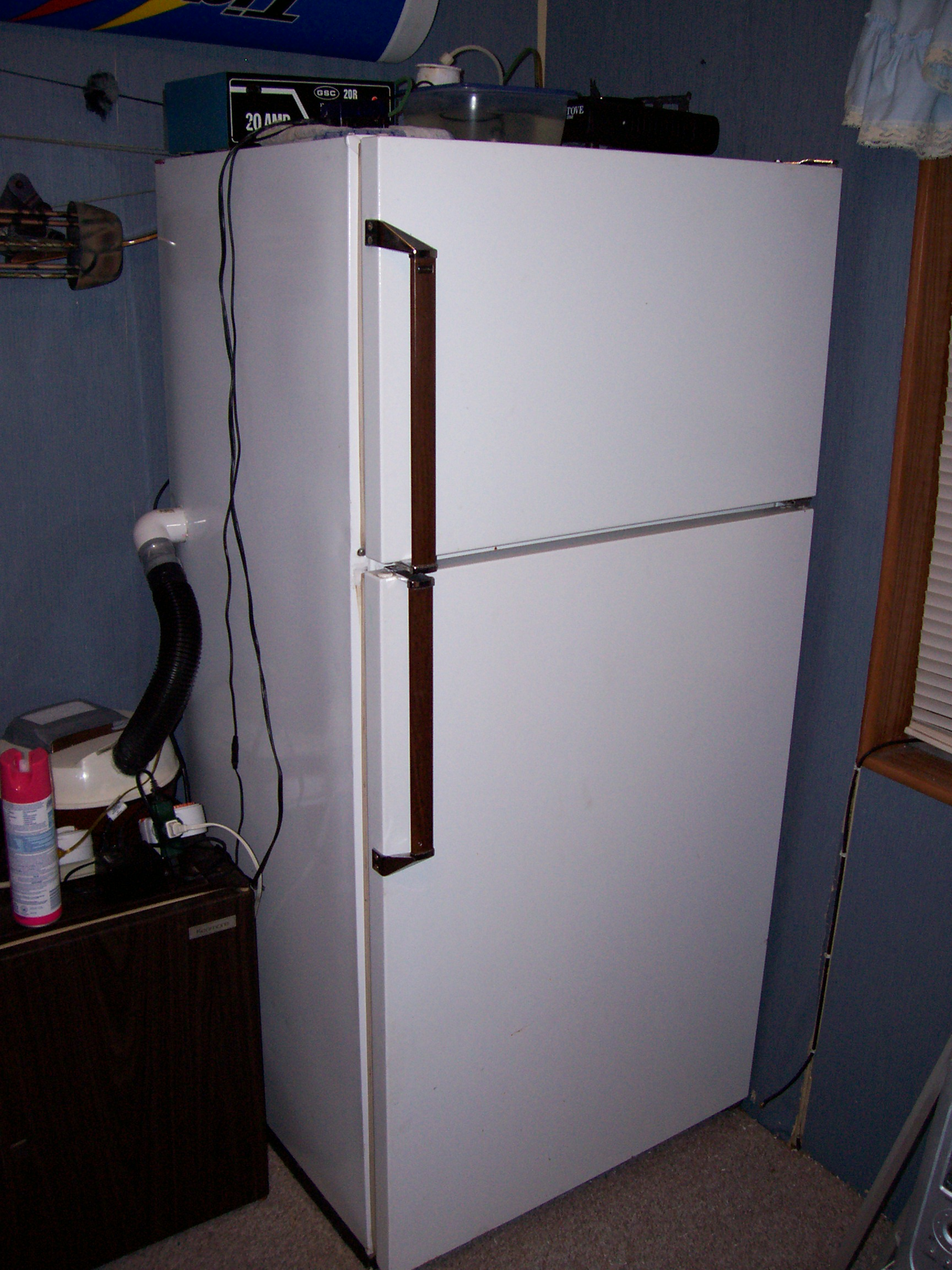 Refrigerator For Grow Chamber And Fruiting Chamber Fungi